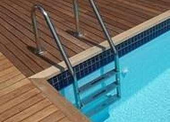 Escada de piscina inox