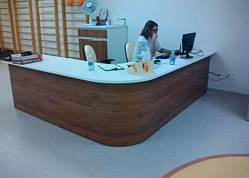 Móveis para recepção de clínica de estética